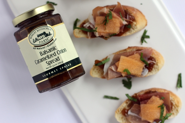 Balsamic Onion Prosciutto Crostini 1_MM