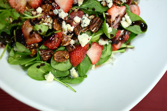 Double Blue Cheese Spinach Salad 1
